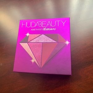 HUDA BEAUTY Amethyst Obsessions Eyeshadow NEW